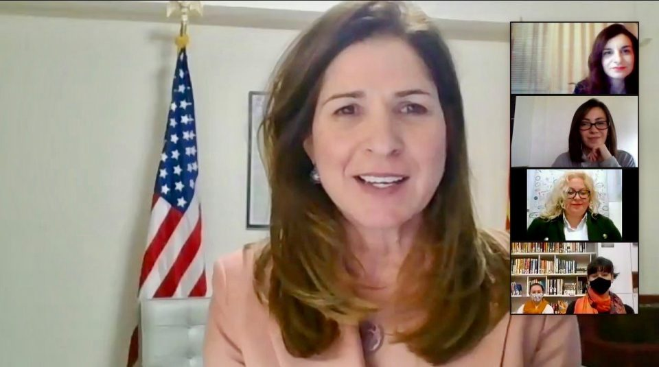 Амбасадорката Бернс организираше настан за Жените во Лидерството