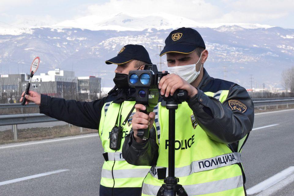 Продолжуваат засилените контроли, за пребрзо возење казните се и до 400 евра