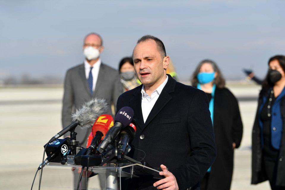 Пратката вакцини е капка во морето, велат од ВМРО-ДПМНЕ