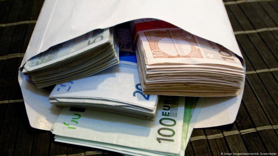 Албанската дијаспора минатата година во татковината испаратиле 673 милиони евра
