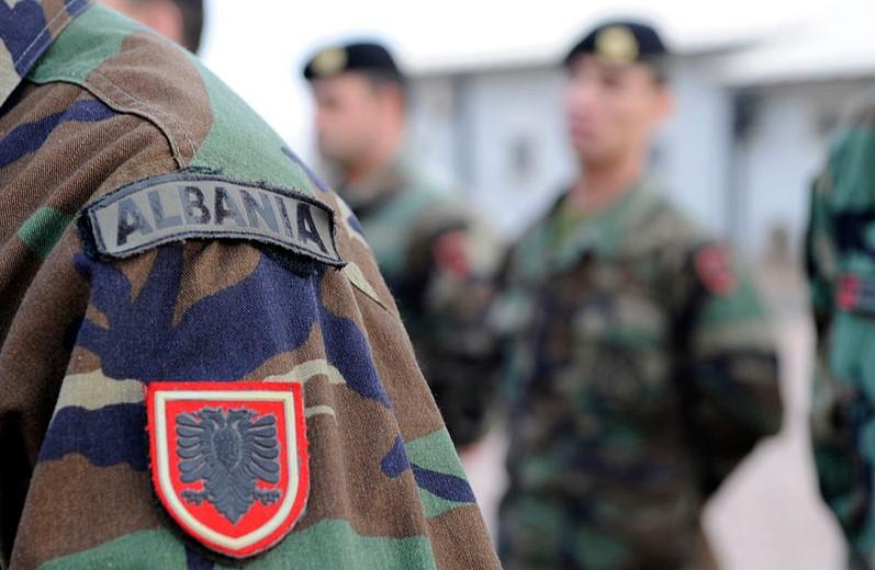 Албанската војска се вклучува во процесот на вакцинација