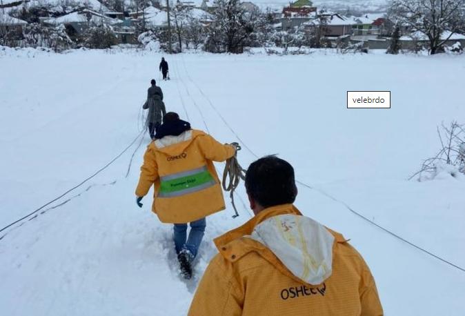 Oколу 6 илјади жители од Голо Брдо четврти ден се без електрична енергија