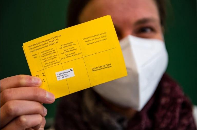 Албанија: Сите што се вакцинирани со кинески и руски вакцини ќе добијат сертификат