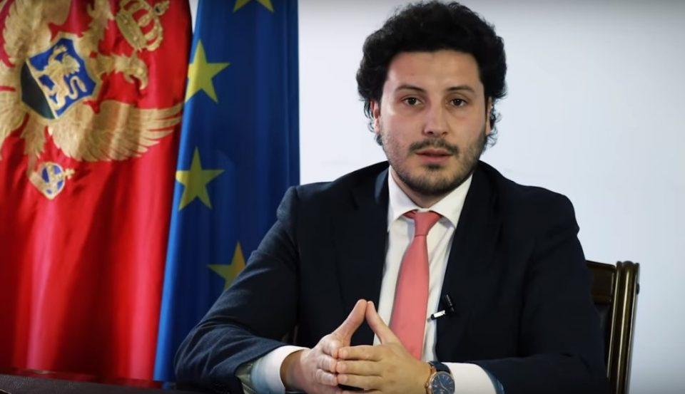 Абазовиќ јасно порача дека во Црна Гора нема, ниту ќе има странска војска