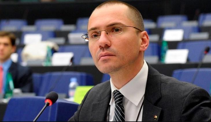 ВМРО-ДПМНЕ ги осуди изјавите на Џамбаски кон постоењето на Македонија