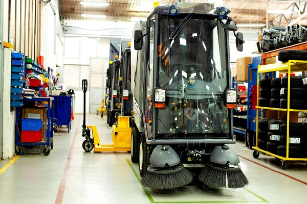 (ВИДЕО) Анѓушев промовираше ново возило за чистење на хидрогенско гориво кое чини 200 илјади евра