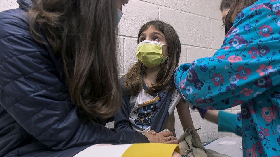 """Дали """"Фајзер"""" ќе добијат одобрување за нивната вакцина да ја примаат и деца од 12 до 15 години?"""