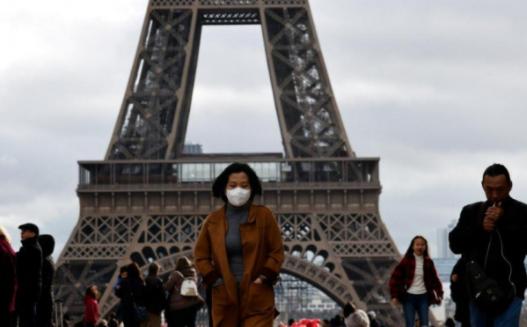 Франција воведува електронска лична карта со два отпечатоци од прст