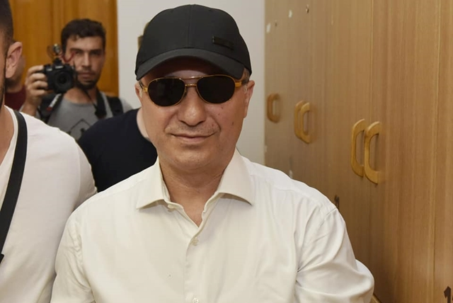 Обвинителството врши претрес во станот на Никола Груевски