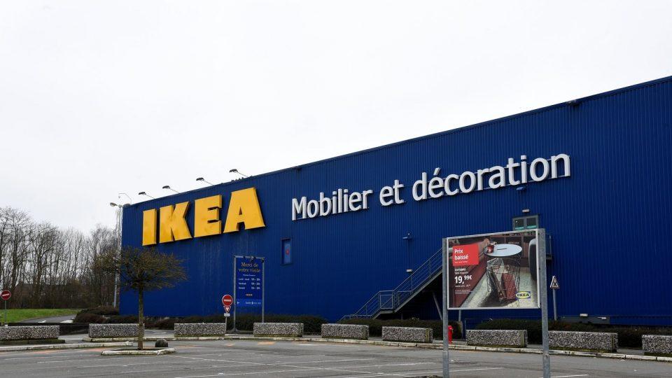 """Големо судење во Франција: Компанијата """"Икеа"""" ги шпионирала своите вработени"""