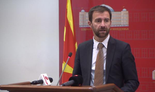"""Димовски: Македонската економија е во """"нокдаун"""", за само 14 месеци изгубени се 55.000 работни места"""