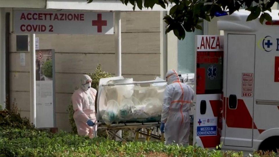 Судот во Италија: Суспензијата на лекари кои одбиваат да примат вакцина е законска