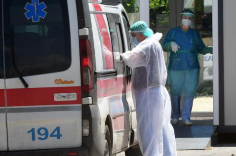 Регистрирани 1056 нови случаи, 25 пациенти починаа од Ковид-19