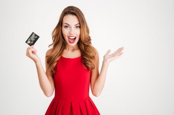 Има 32 години, ама им ги украла кредитните картички на своите баба и дедо!
