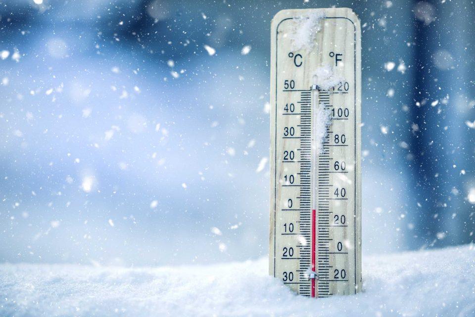 Минусни температури низ цела Македонија