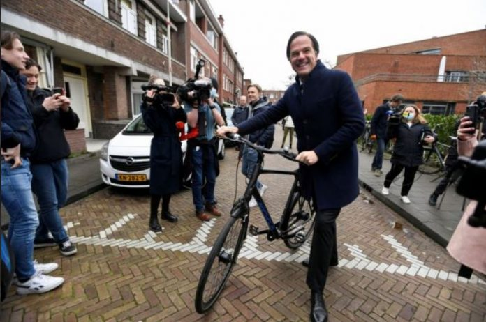 Нови информации околу холандските избори: Конзервативната партија убедливо во водство