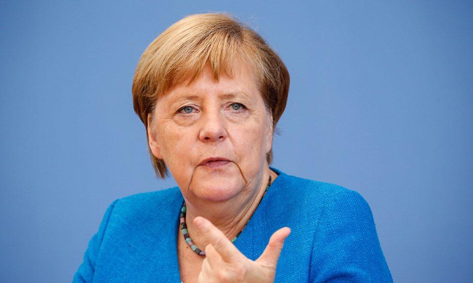 """Меркел се откажа од целосно затворање на Германија за Велигден: """"Тоа беше моја грешка"""""""