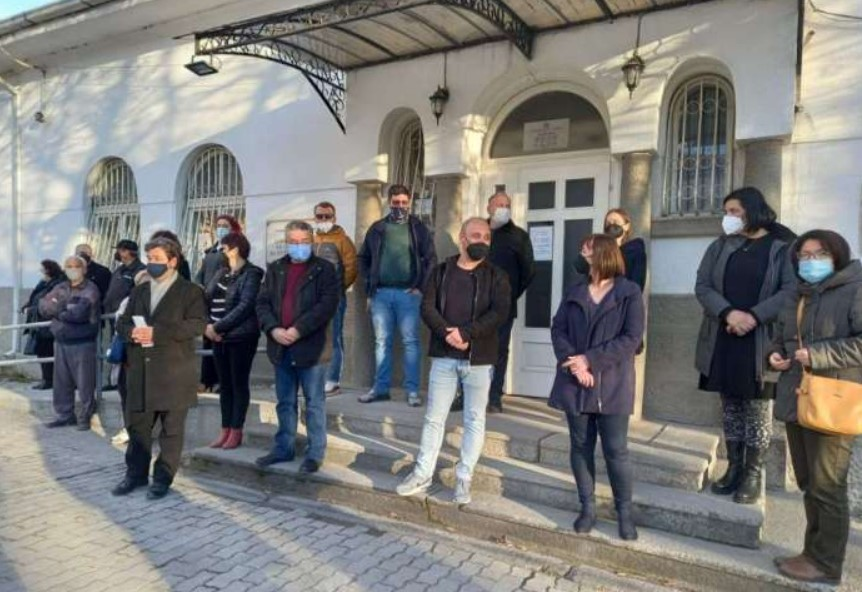 Возач од музејот во Прилеп бил избркан од работа затоа што заболел од Ковид-19