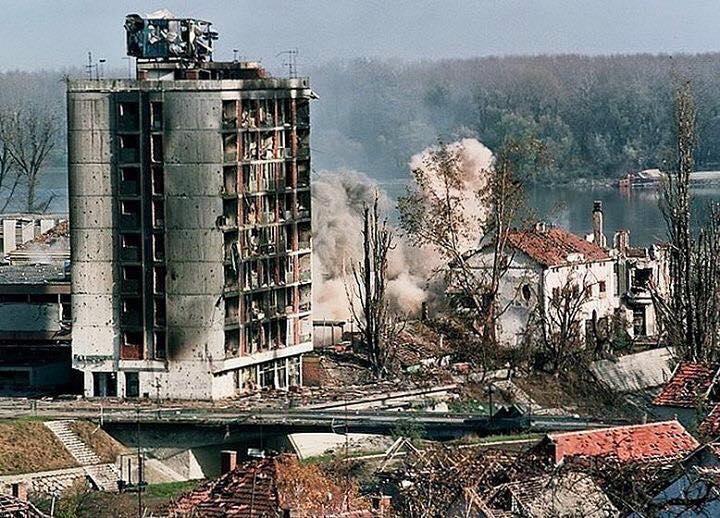 Србија одбележува 22-годишнина од бомбардирањето на НАТО