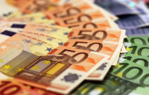 Tетовец фалсификувал речиси 13.000 евра, франци и кувајтски динари