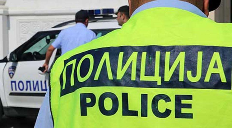 Скопјанец сакал насилно да влезе во домот на поранешната сопруга, па нападнал полицаец