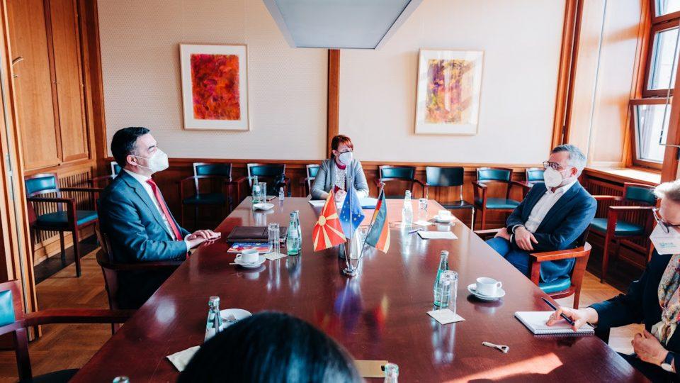 Рот – Димитров: Одолговлекување на пристапните преговори, може да предизвика недоверба кон ЕУ перспектива