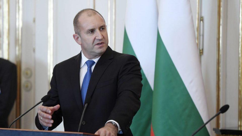 Радев очекува Бугарија наскоро да добие политичка влада