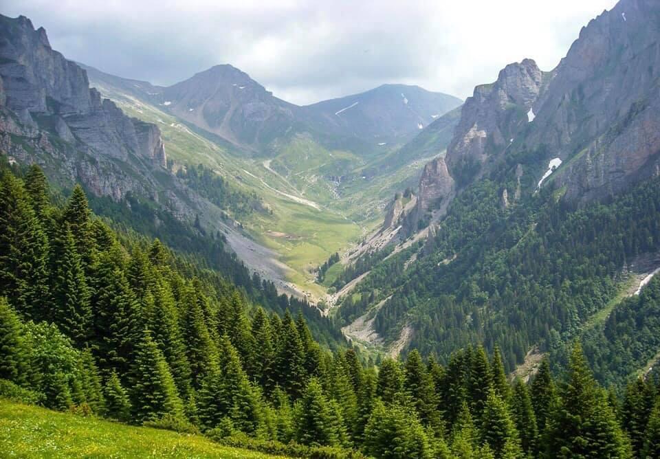 УХМР: Се топи снегот од планините, внимателно движење во сливните подрачја