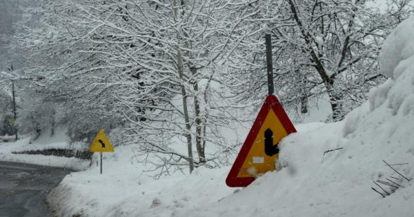 На Попова Шапка измерени – 9 степени, минусни температури и во други градови