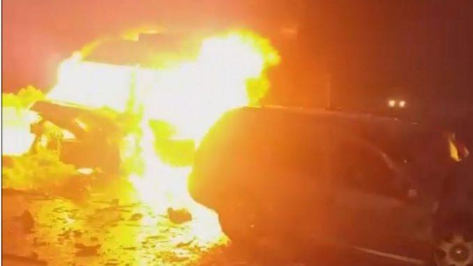 Едно лице загина, двајца тешко повредени во директен судир на патот Охрид – Кичево