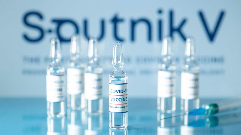 Австрија ќе набави милион дози вакцина Спутник В