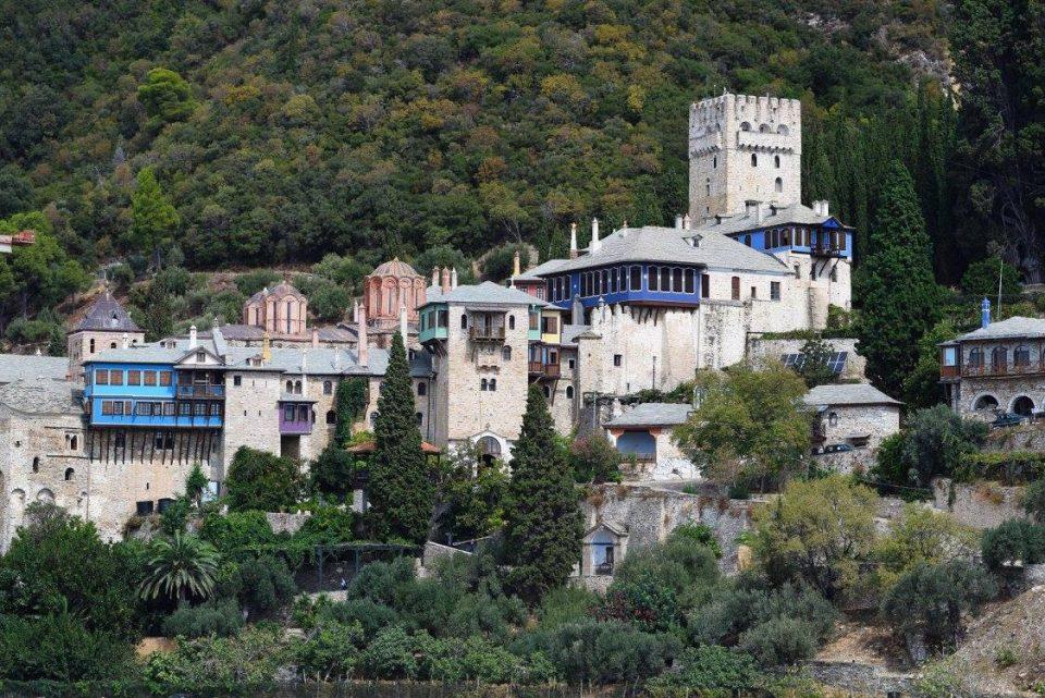Забраната за посети на Света Гора продолжена до 15 април
