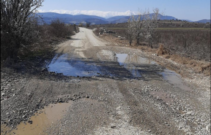 Реакција на советник од Град Скопје: Улицата можете да ја кристите и Ромео и Јулија, ама депонија е!
