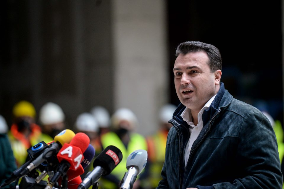 """Заев денеска во """"БРАКО"""" во Велес: Ќе промовира инвестиции и на прво хидрогенско возило"""
