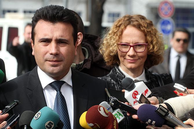 Дали Заев утре ќе ја разреши Радмила Шекеринска?
