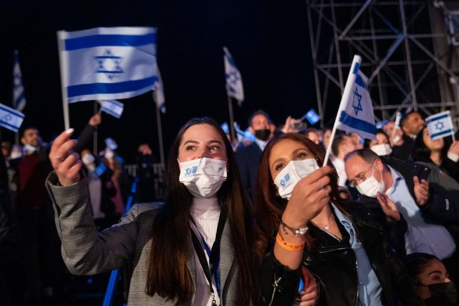 Зголемен бројот на заразени со новиот сој во Израел: Повторно задолжително носење на маски