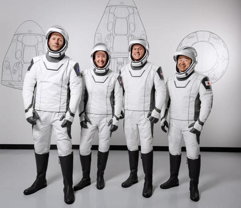 НАСА за првпат лансира екипаж со сонда и повеќекратна ракета на СпејсЕкс