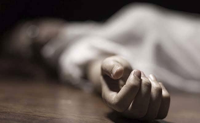 Четириесет и едногодишна жена пронајдена почината, телото на обдукција