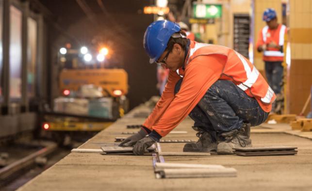 Тешко повреден работник при градежни работи на објект