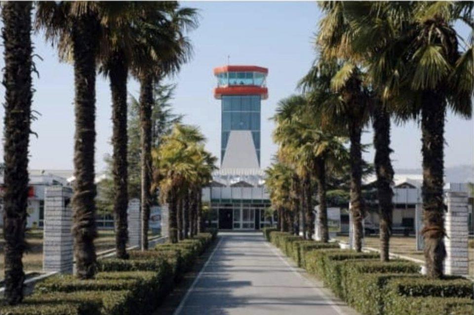 Контролорите на летање од Македонија со поддршка до колегите од Албанија кои штрајкуваат