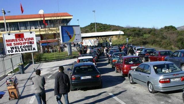 Двонеделен карантин за македонски државјани кои ќе патуваат во Албанија