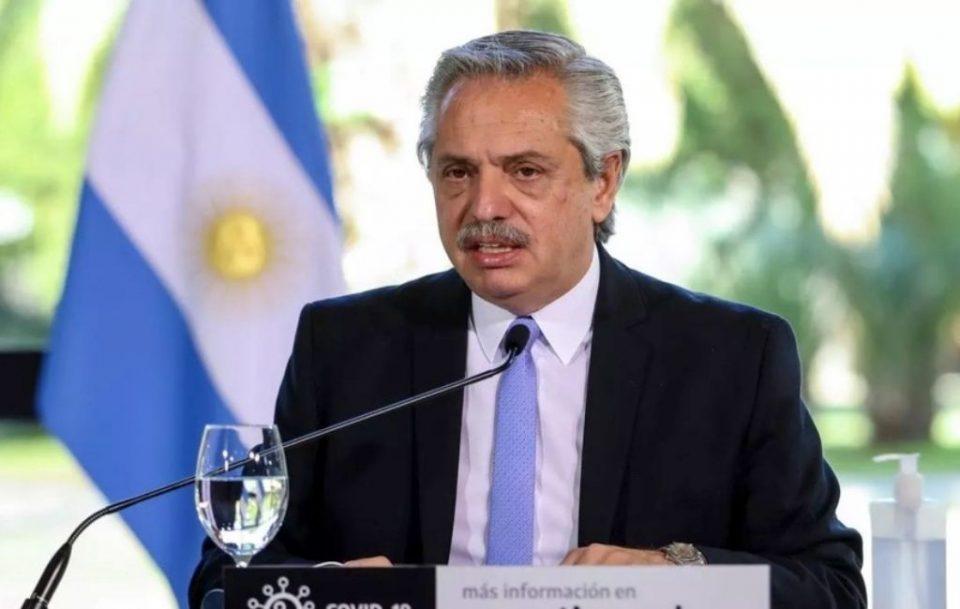 Аргентинскиот претседател позитивен на Ковид-19 откако ги примил двете дози на вакцината