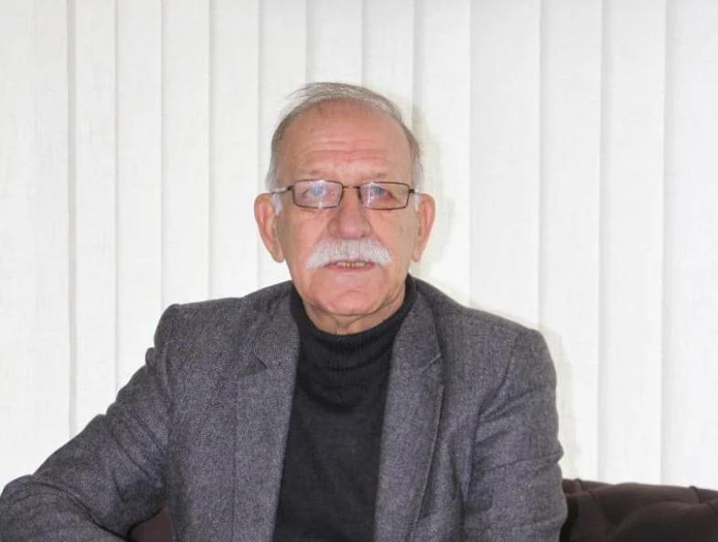 Почина новинарот Антон Серечи