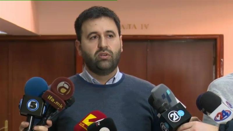 Министерот Хоџа за шест месеци потрошил повеќе од 22.000 евра на кафе и ручеци