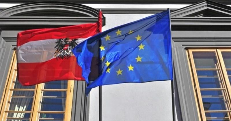 Австрија побара Бугарија да ја тргне блокадата на Македонија
