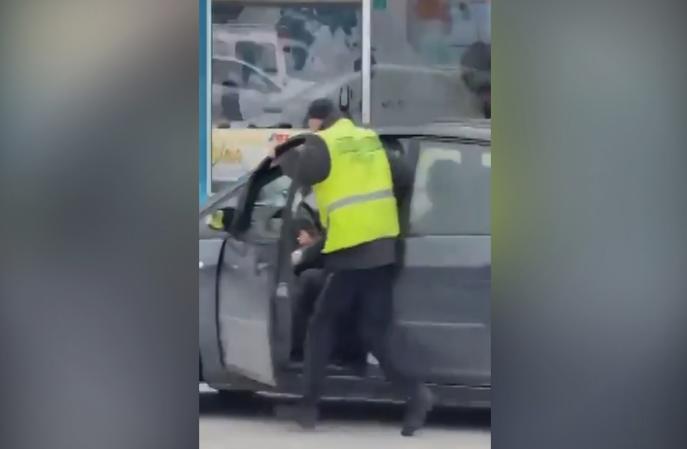 (ВИДЕО) МВР со детали за обидот за филмско бегство од сообраќајна полиција во Гостивар