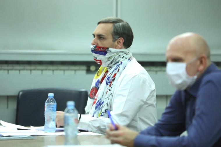 Бизнисмени тврдат дека му дале 350 илјади евра кеш на Бојан Јовановски