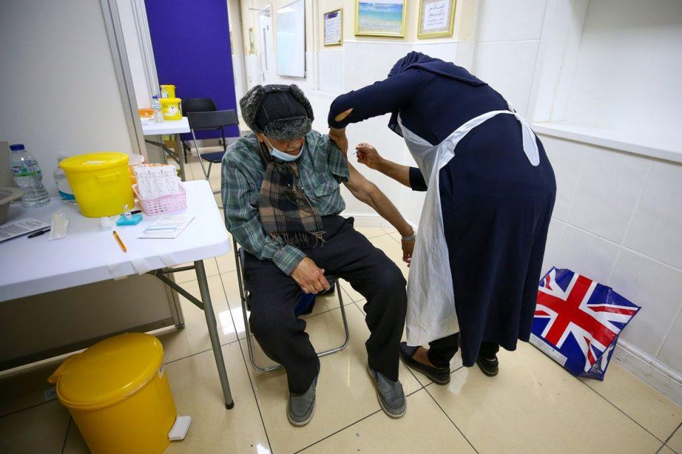 Велика Британија досега ревакцинираше над пет милиони лица