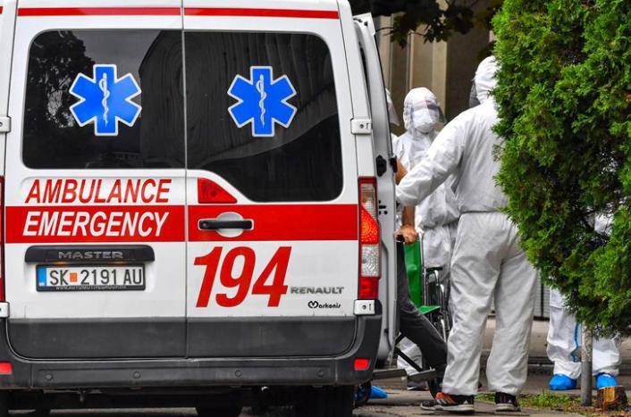 Тешка сообраќајка кај Зајас: Двајца возачи пренесени во болница