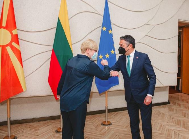 Димитров во Литванија: Безбедноста на Западен Балкан е поврзана со безбедноста на ЕУ